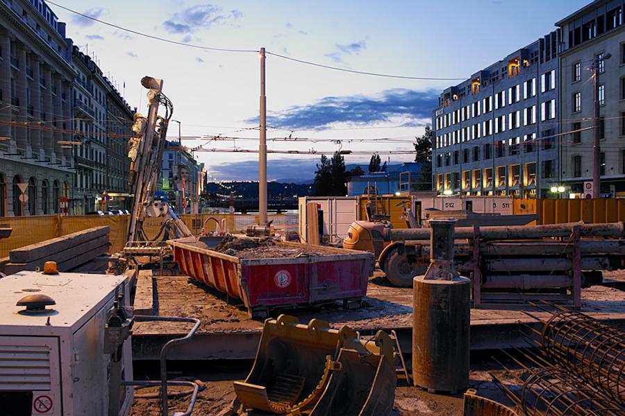 Chantiers de nuit am nagements et constructions galeries photos photos et vid os ville for Construction piscine geneve