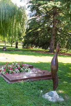 Pompes fun bres de la ville de gen ve un service public - Mobilier urbain jardin public la rochelle ...