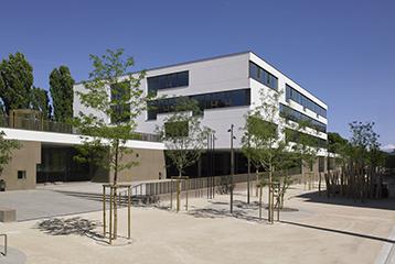 Equipements publics rue chandieu construction et r novation de b timents construction for Construction piscine geneve