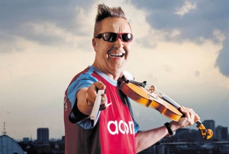 Nigel Kennedy avec son violon